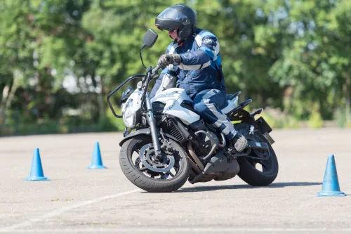 Motorrijbewijspoint Schiedam motor rijtest